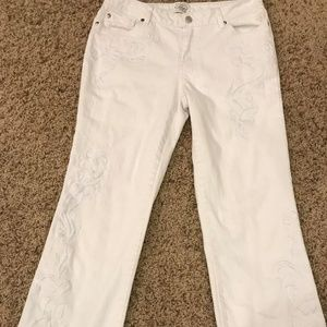 New White House Black Market White Jeans Size 8